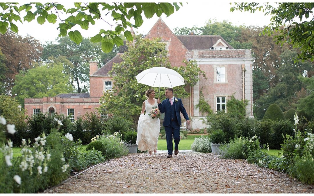 Deans Court Wedding Photography – Lucy and Paul
