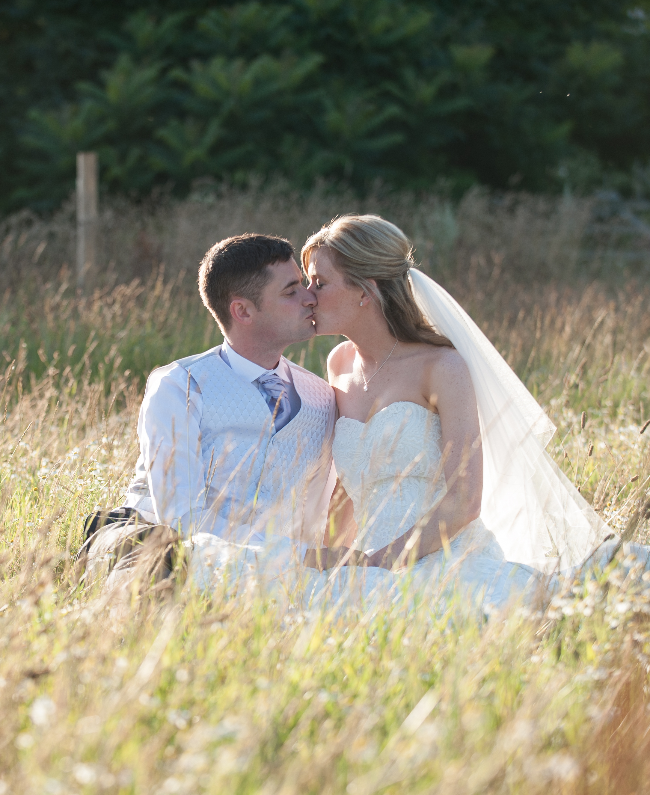 Fiona Moorey Wedding Photographer