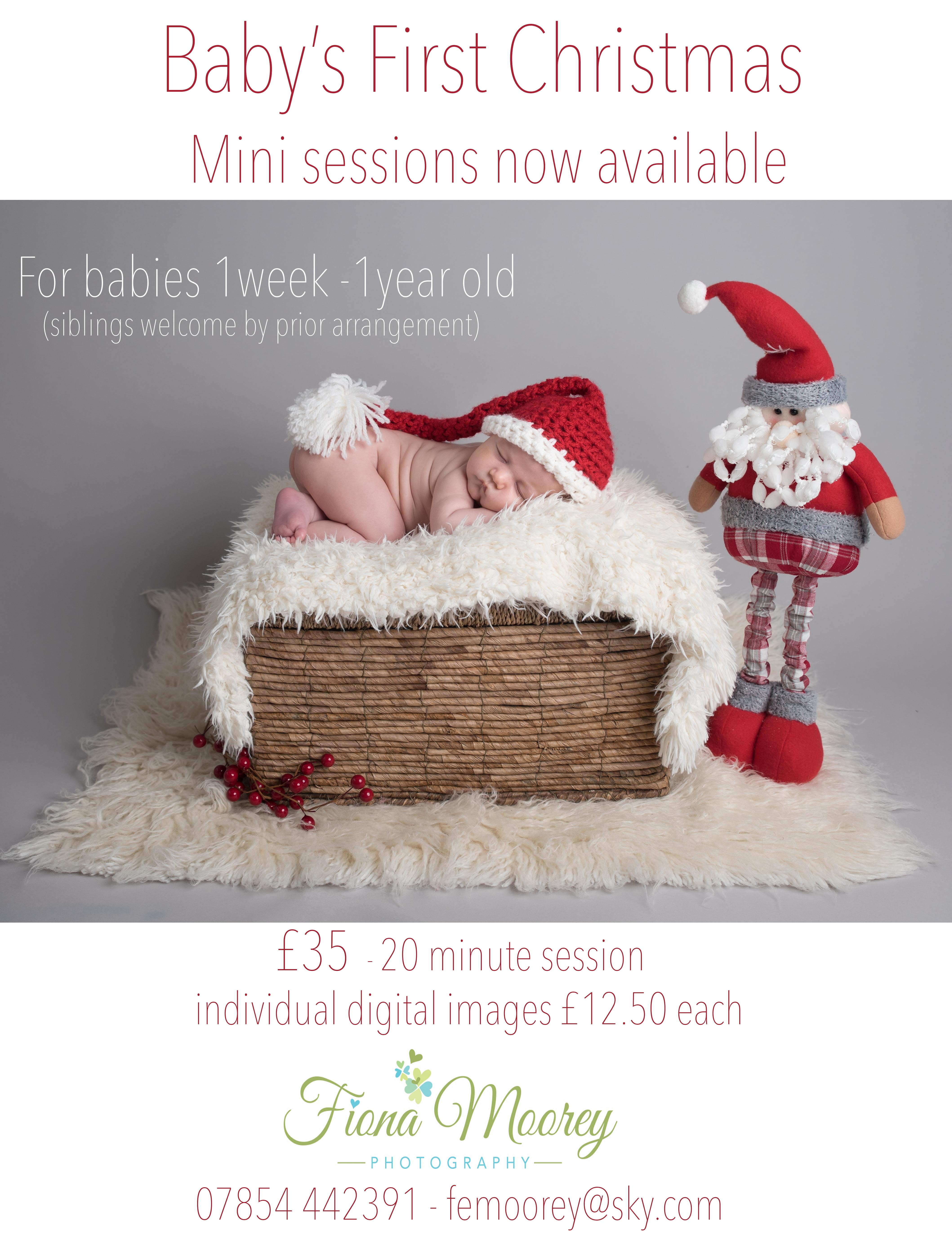 baby Christmas mini sessions