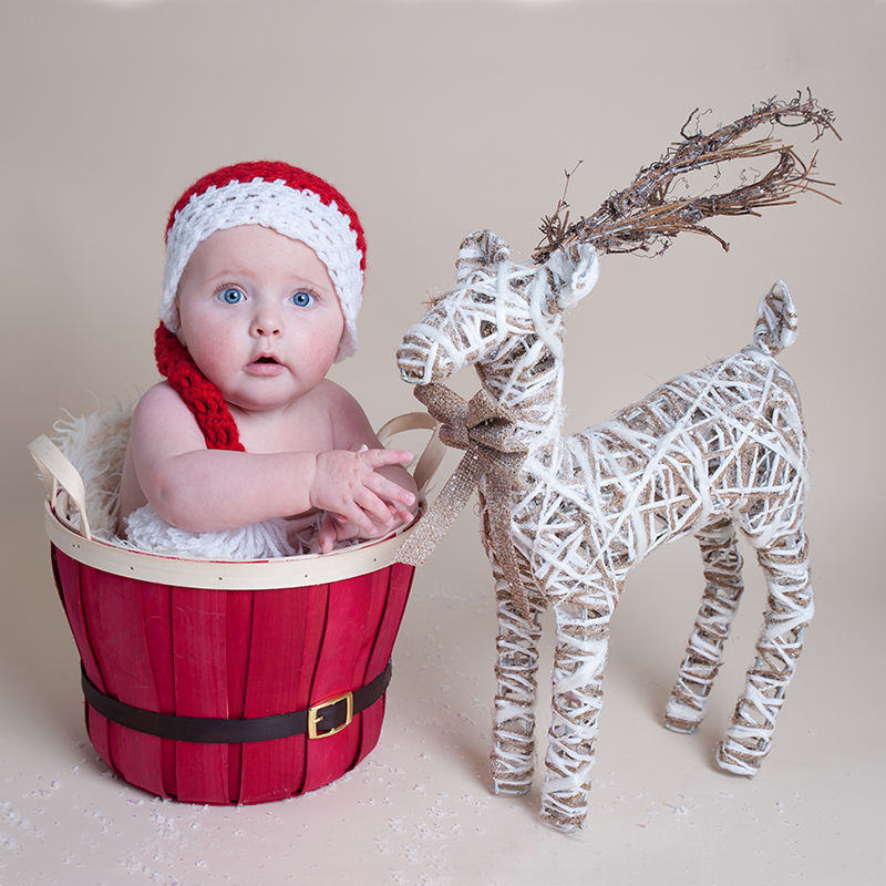 Baby's first Christmas mini photo session